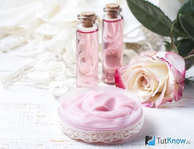 Крем для лица с Розовой водой