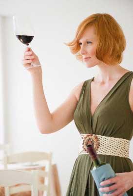Неплохо ускоряет обмен веществ красное вино
